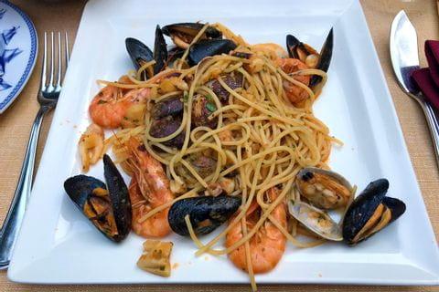 Spaghetti frutti di mare in Albenga