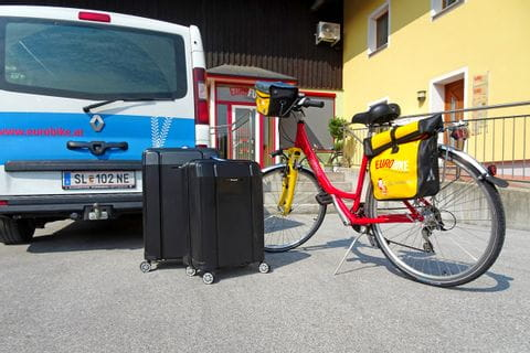 Eurobike Bus for luggage transfer with luggage and bike
