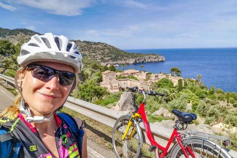 Radfahrerin Selfie Llucalacri Mallorca