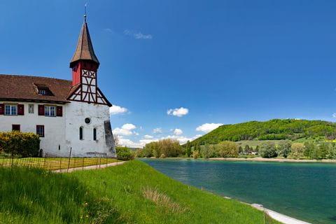 Cycle path at Wagenhausen at Lake Constance