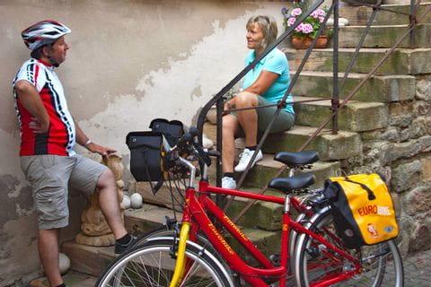 Kleine Pause bei der Radreise in Deidesheim