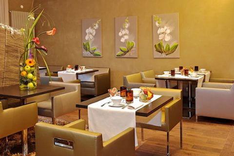 Hotel-Les-Rives-Guebwiller-Frühstücksraum