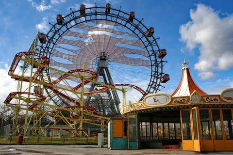 Riesenrad und Achterbahn im Wiener Prater