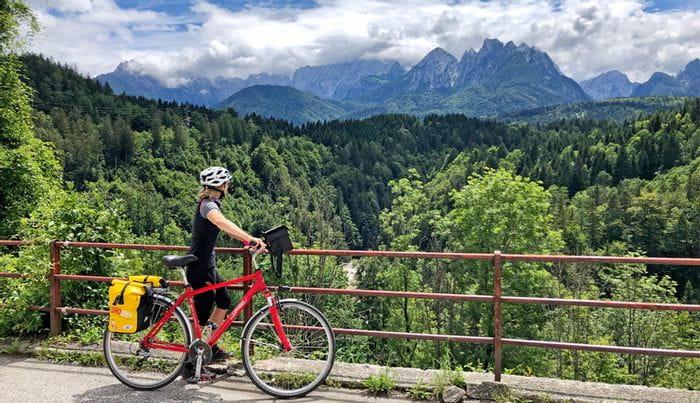 Radfahrerin im Friaul